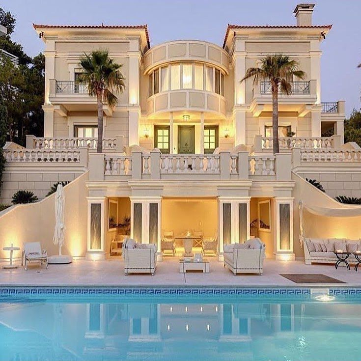 Outdoor Luxury Pool House: 15 Luxury Homes With Pool
