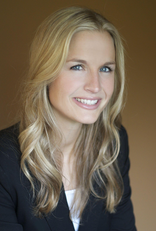 Erin Siena Jobs B1995 Photo Famous ♛ Prominent