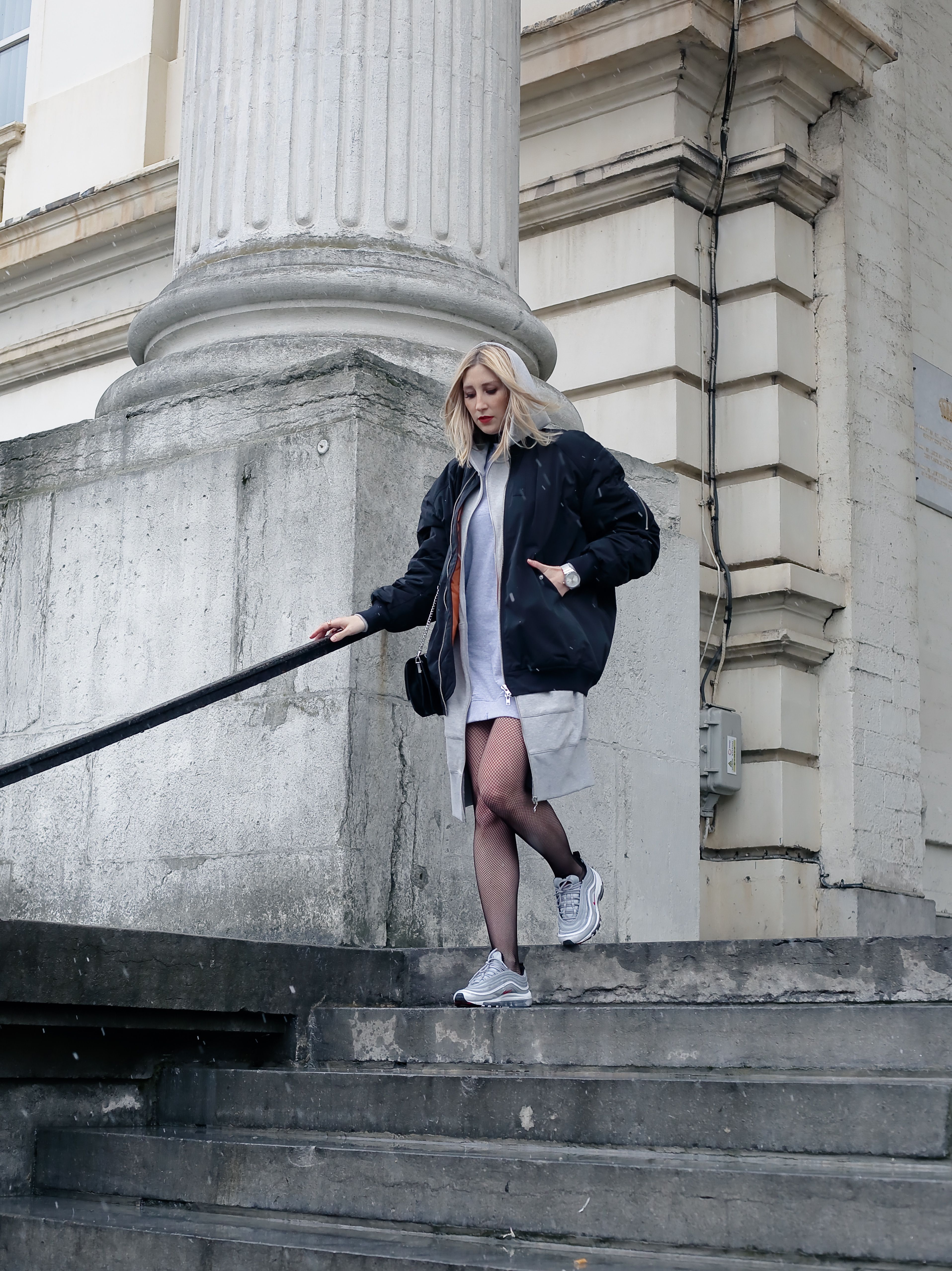oversized bomber and nike air max 97 bullet silver | manuele