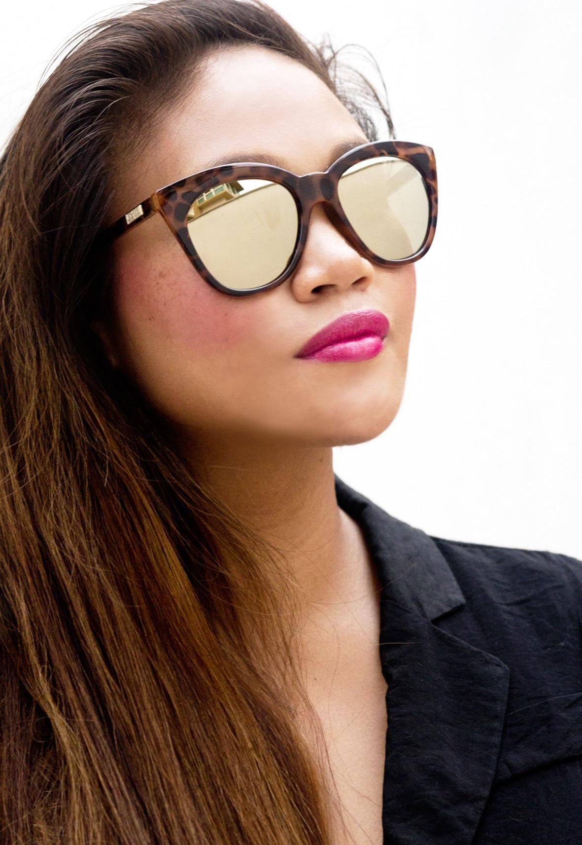 b0832046ac Le Specs Halfmoon Magic Sunglasses - Tort