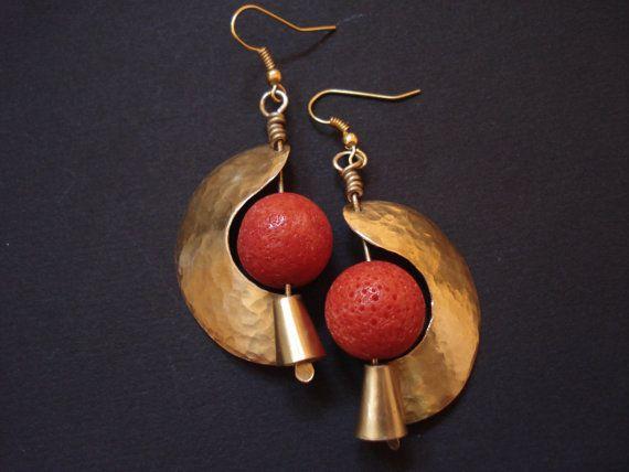 Unique Design C Earrings Hammered Gold Sponge Modern Unusual Metalwork Bronze And