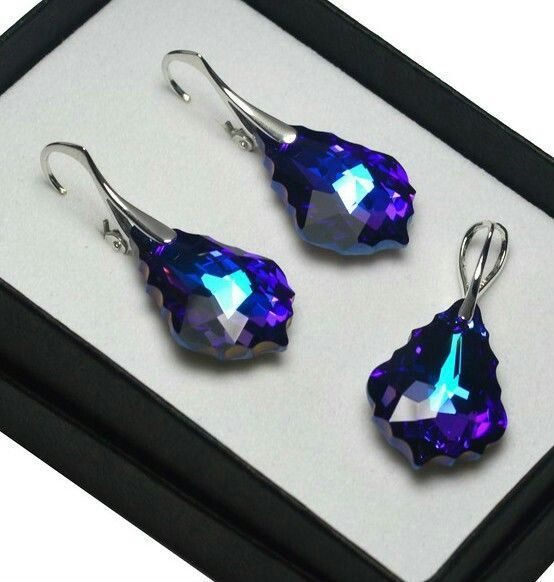 *scrystals-925 Silver Earrings made with Swarovski Crystals 22mm BAROQUE - Heliotrope-$21.71