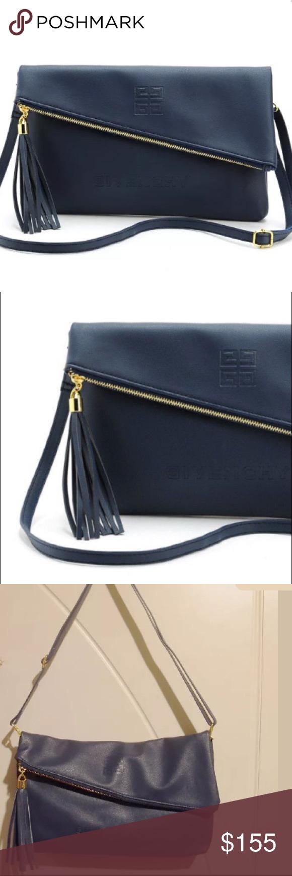 GIVENCHY Parfums VIP GIFT-Clutch Shoulder Bag 100% Authentic GIVENCHY  PARFUMS VIP Gift 0b85bf6fff