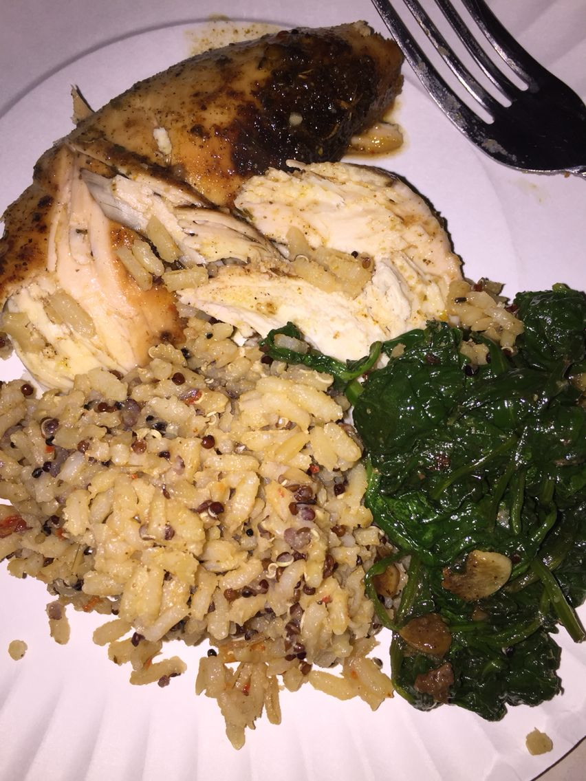 Baked chicken breast, spinach & red pepper brown rice and quinoa