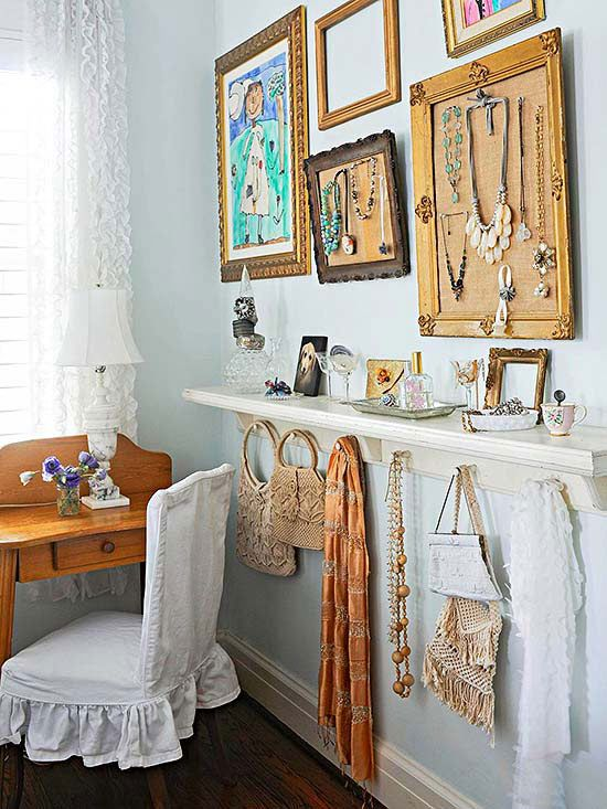 Hanging your jewelry within a frame is a stylish and practical way to see all your pieces at once. Frame a corkboard and use fancy pins to display your favorite pieces. Hang several frames with a mix of corkboard, floating shelves, and artwork to master the gallery look.