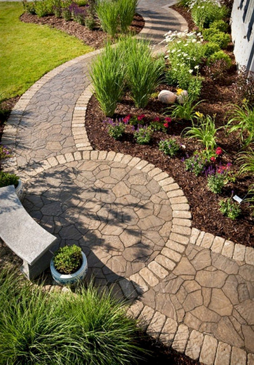 42 Stunning Exterior Home Designs: 42 Stunning Front Yard Pathway Landscaping Ideas