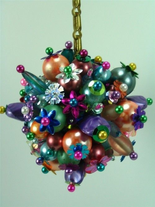 funky-multi-colored-beaded-ornament.jpg (500×667) | Christmas ...