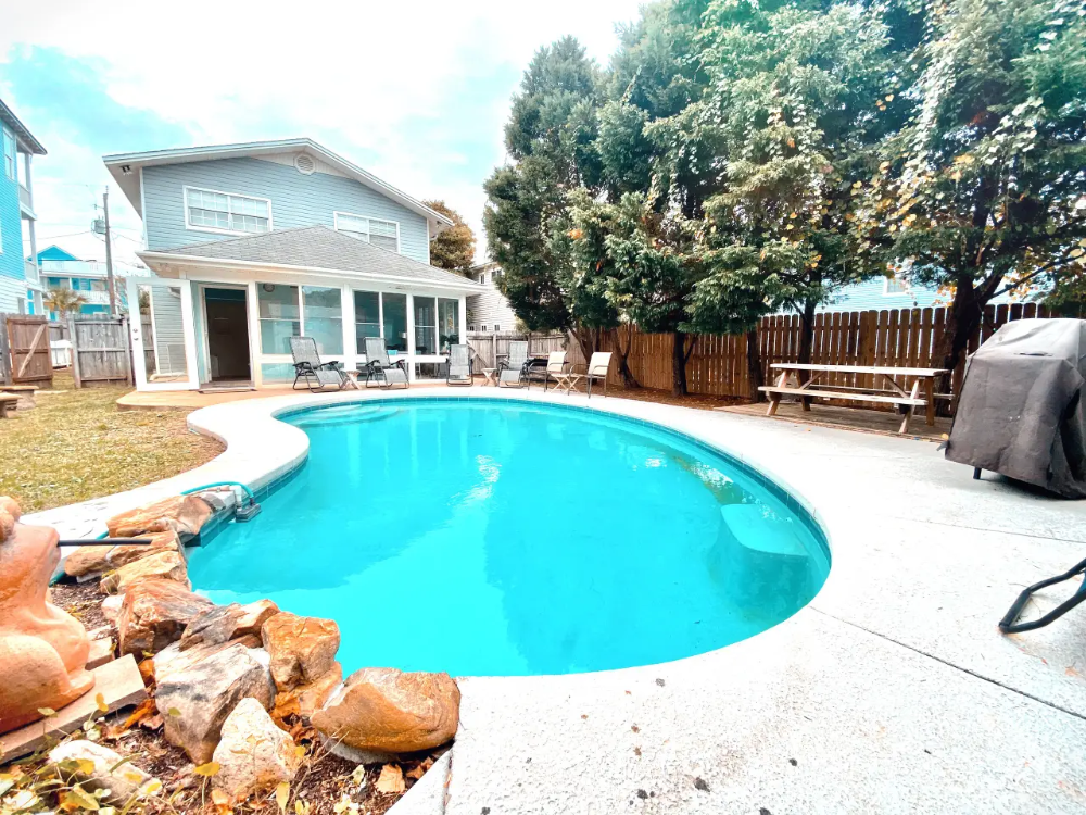 1 Minute Walk To The Beach Private Heated Pool Houses For Rent In Destin Beach Vacation Spots Renting A House Pool