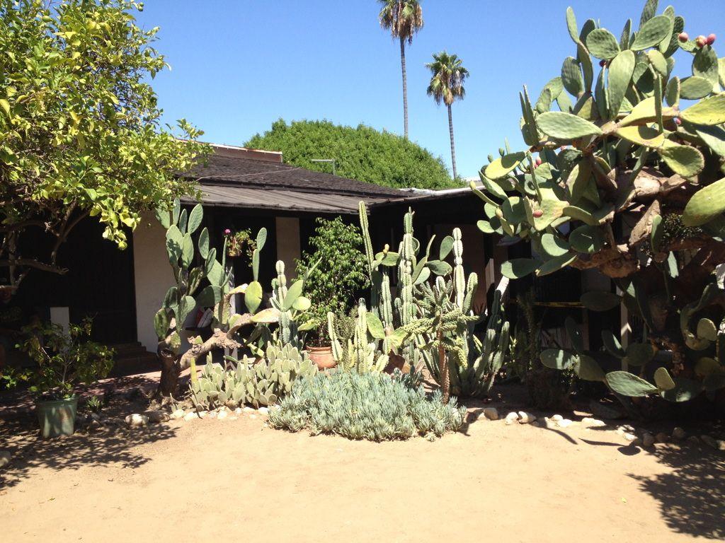 Historic Houses of California - Los Angeles - Avila Adobe - 1818
