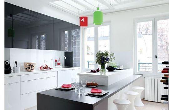 travaux r novation 30 000 euros pour un appartement gain de place kitchens. Black Bedroom Furniture Sets. Home Design Ideas