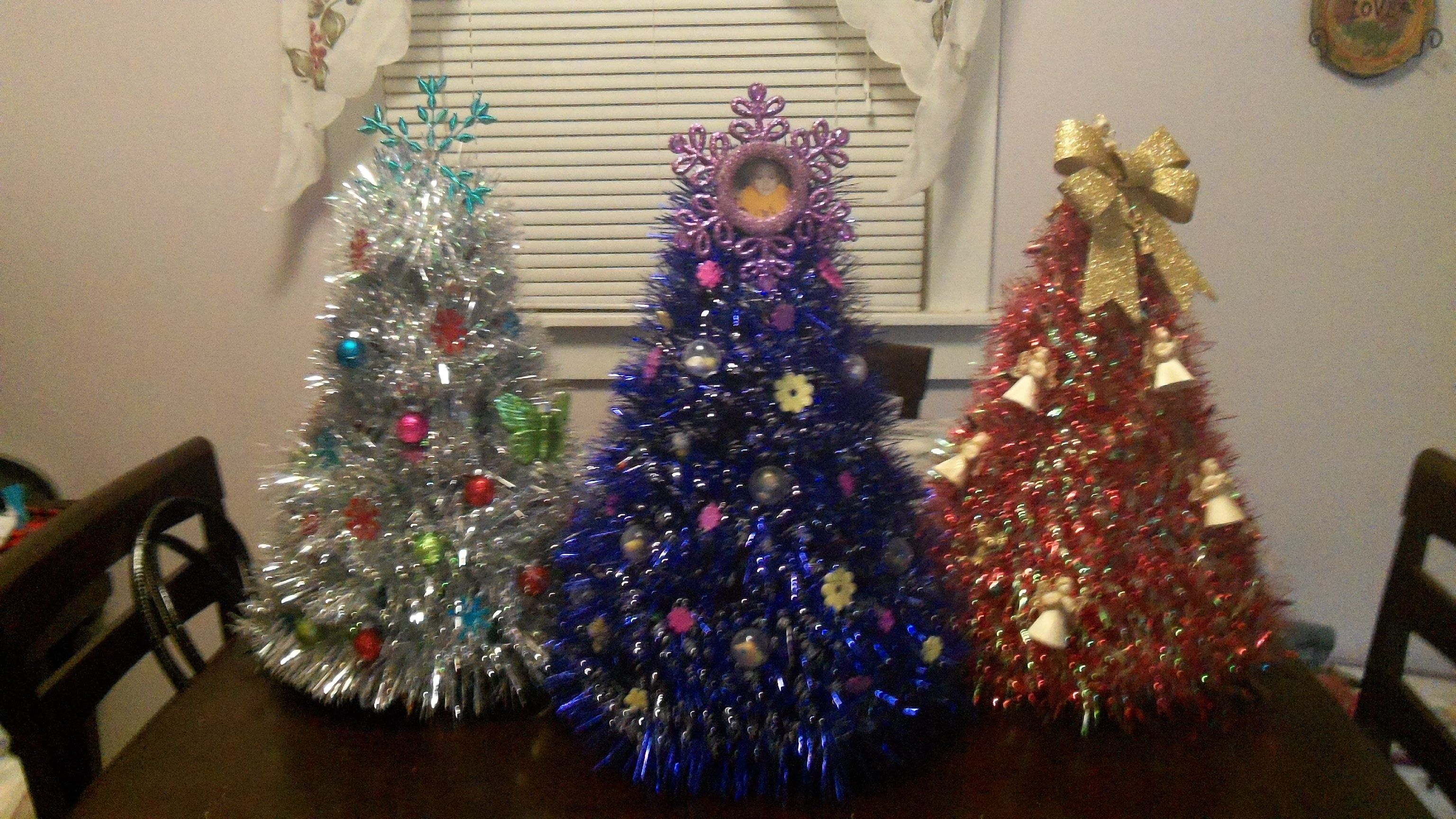Table Top Christmas Trees Made From Wire Clothes Hangers
