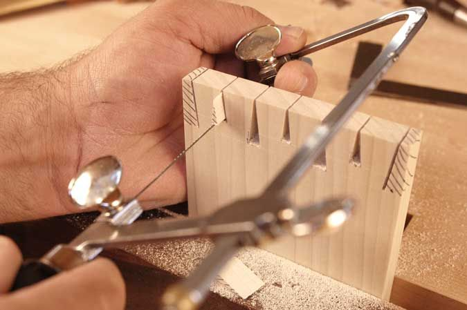 Houndstooth Dovetails By Rob Cosman Woodworking Joints Woodworking Magazine Woodworking