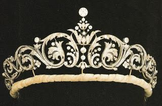 The York Tiara ~ The diamond diadem was selected by Sarah herself and purchased from Garrard's by the Queen.  Sarah did not select a tiara from the Queen's Royal Collection.