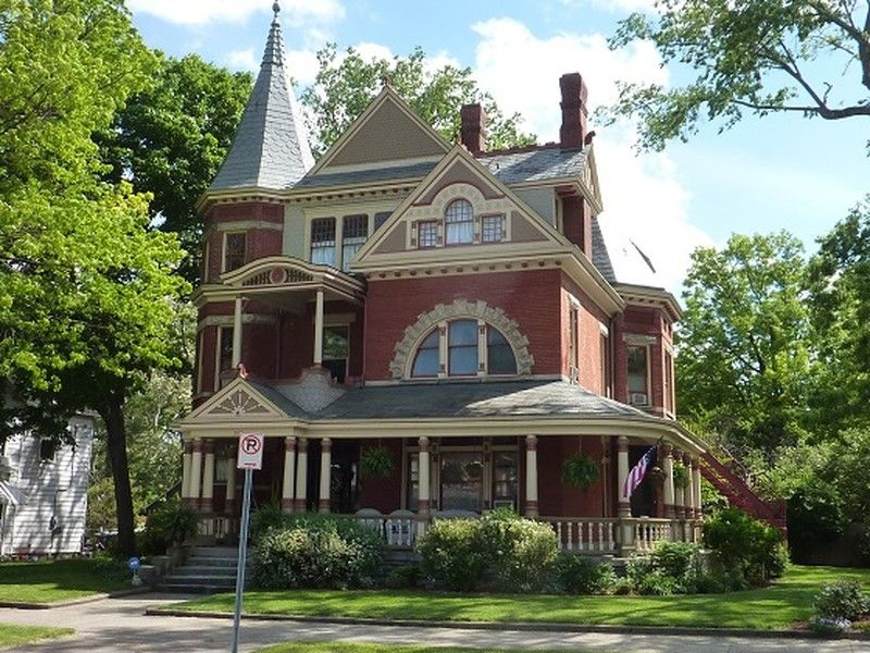 Oldhouses Com 1886 Victorian Queen Anne Majestic Brick Queen Anne Victorian In Chillicothe Ohio Old Houses For Sale Old Houses Historic Homes For Sale