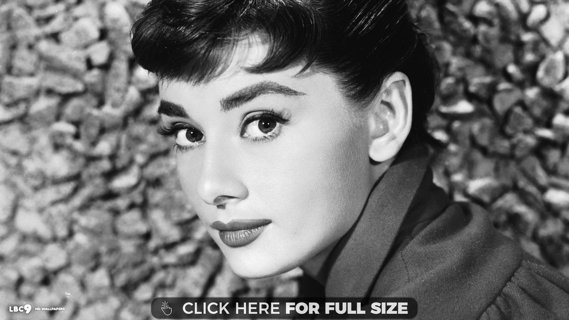 Audrey Hepburn 3321 Wallpaper