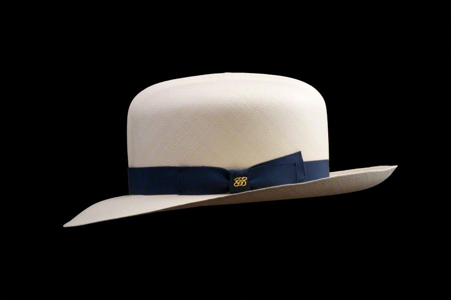 67ba8fe27 Foldable Montecristi Panama Hat - Side View | Well dressed in 2019 ...
