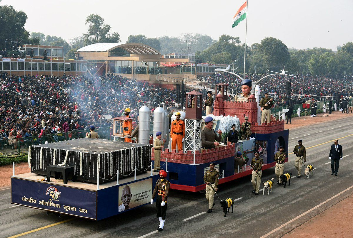 Centre rejects 13 states' tableau for Republic Day Parade