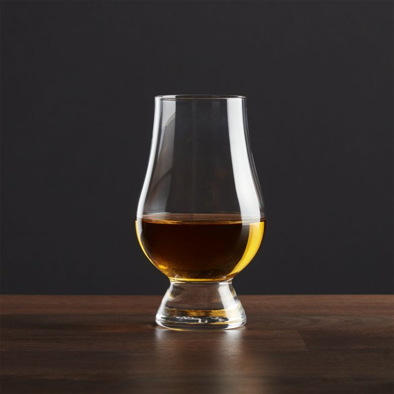 The Glencairn Whiskey Glass Reviews Crate And Barrel Whisky Glass Glass Glass Whiskey Decanter