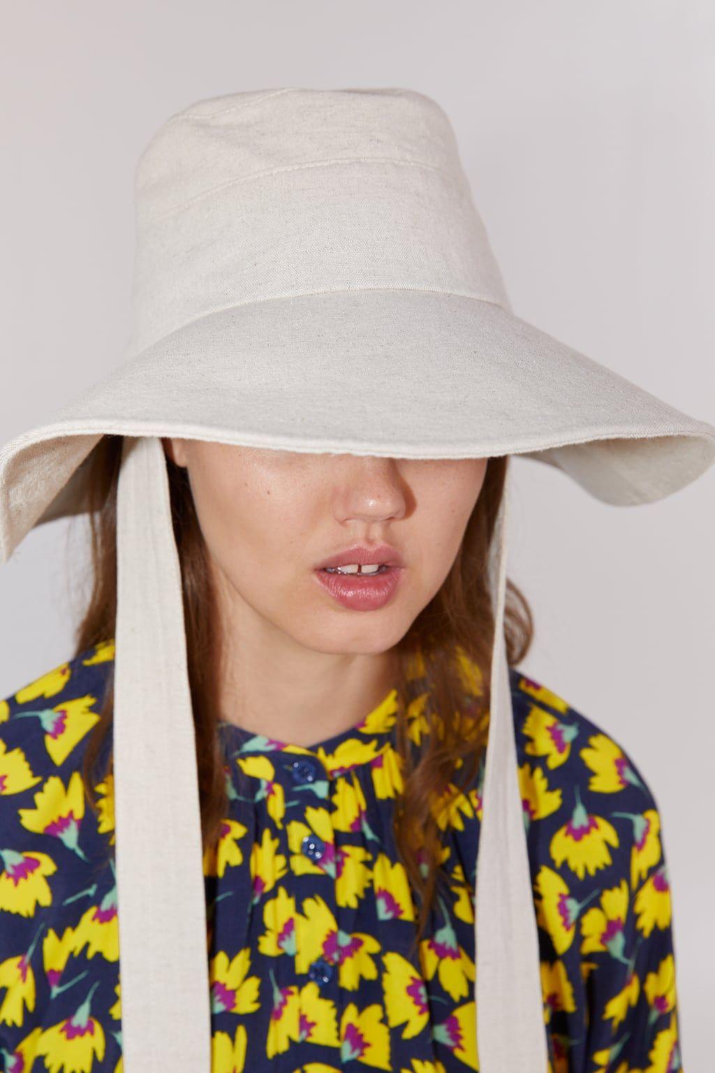 Zara Burgundy Maroon Leather Bucket Hat In 2021 Maroon Leather Leather Bucket Hat Zara