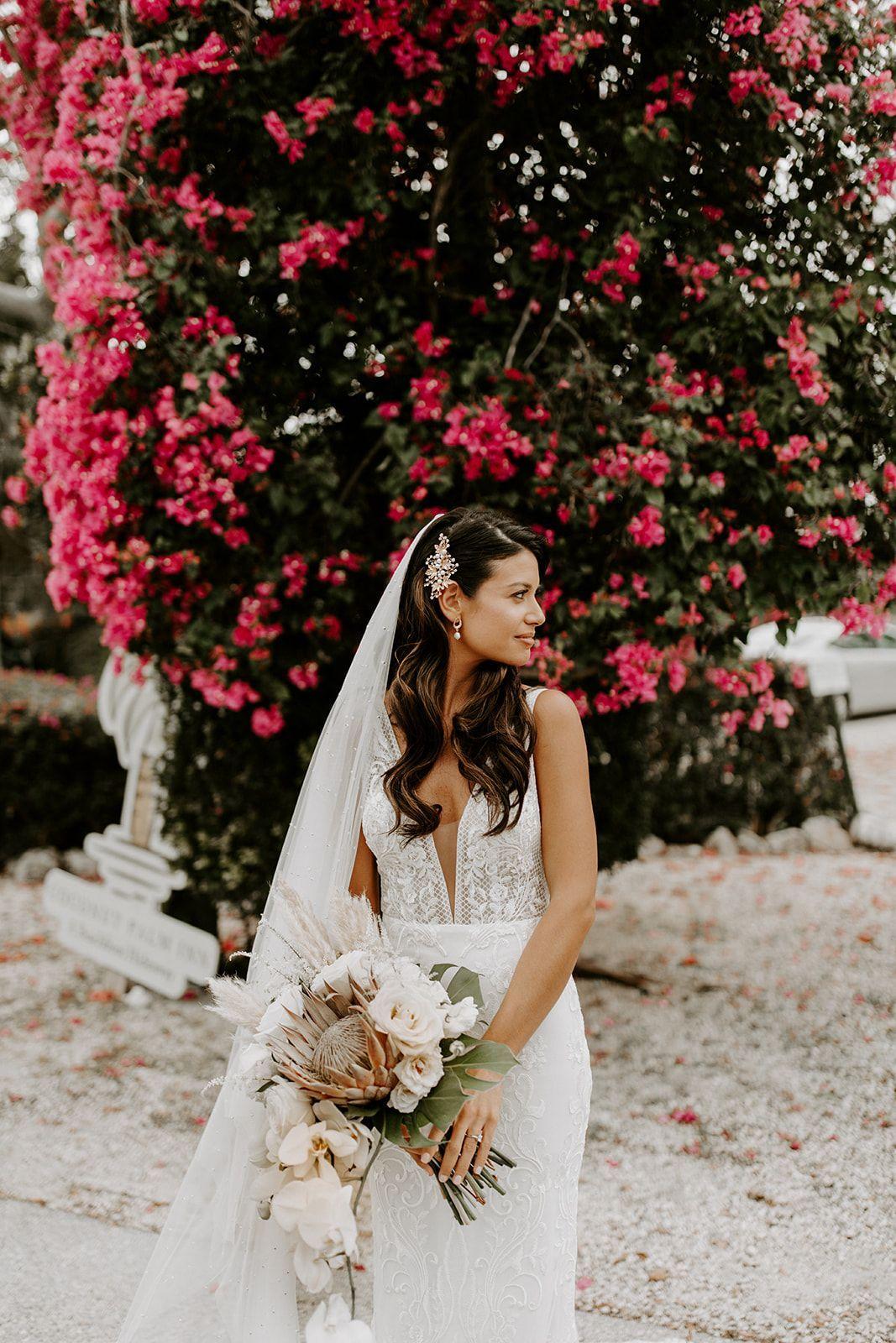Contact A Planner Blue Water Weddings Florida Keys Wedding Planning Hollywood Wedding Hair Bride Hairstyles With Veil Bride Hair Down