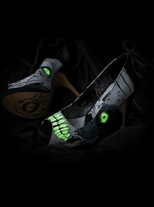 Zombie stompers, Glow in the dark!