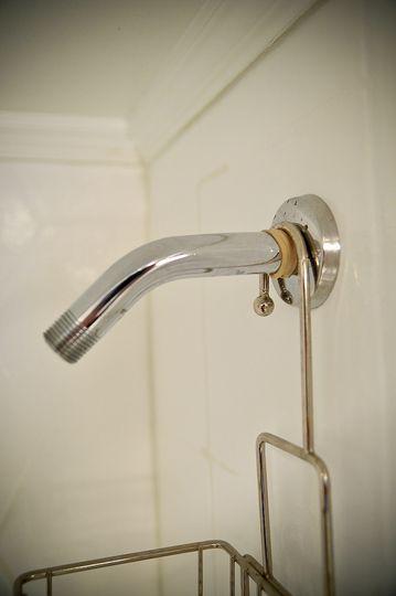 How To Keep Your Shower Caddy Still Bath Caddy Diy Shower Caddy Dollar Store Diy Organization