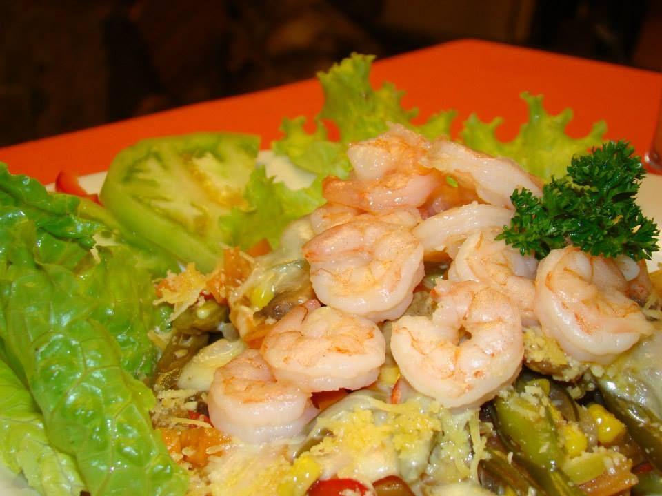 Ensalada Gourmet con Camarones