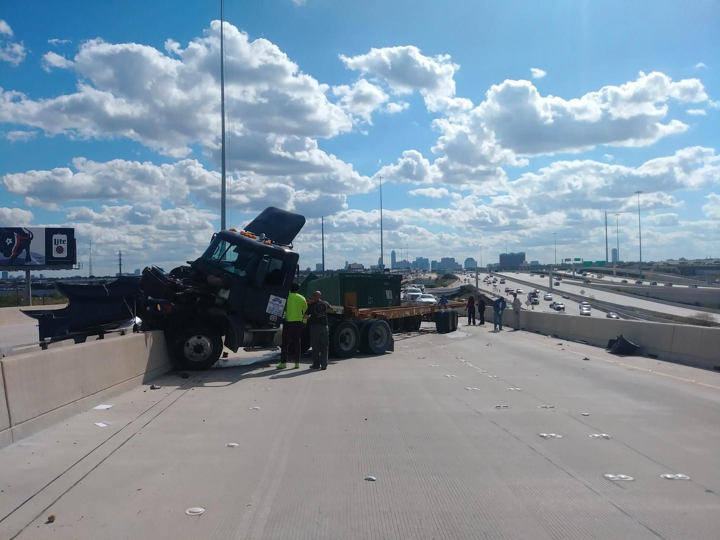 610 and 290 exit accident  Stay away  | Houston Volume Two