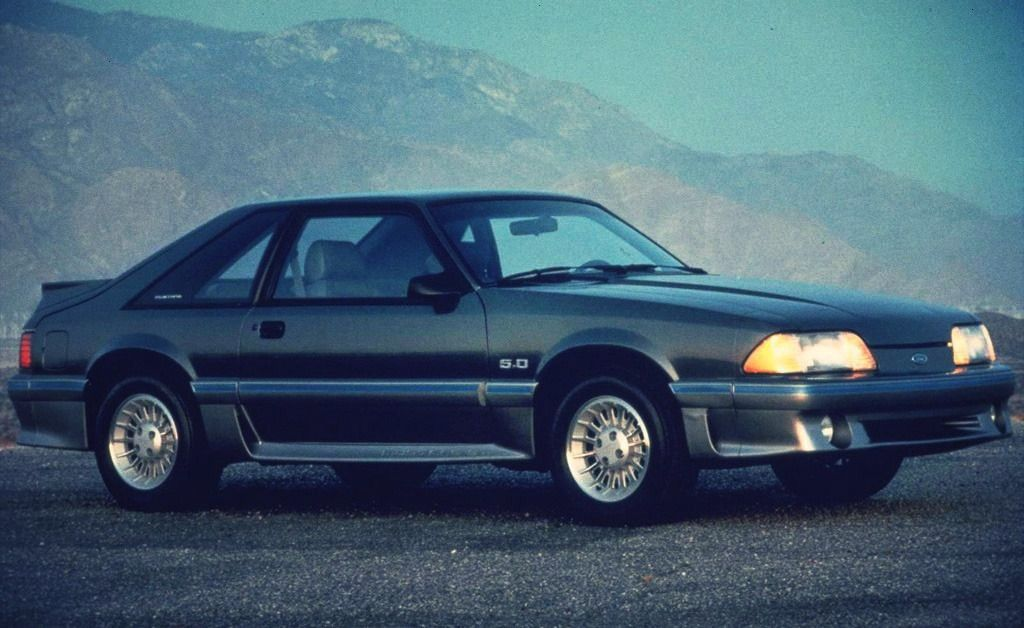 Mustang 1987 -Ford Mustang 1987 -  1987 Ford Mustang GT  1987 Ford Mustang 5.0 liter 302 GT hatchba