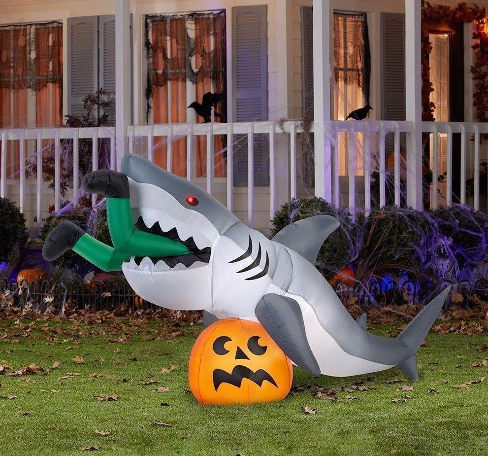 Animated JAWS SHARK on Pumpkin Halloween Airblown Inflatable Yard ...