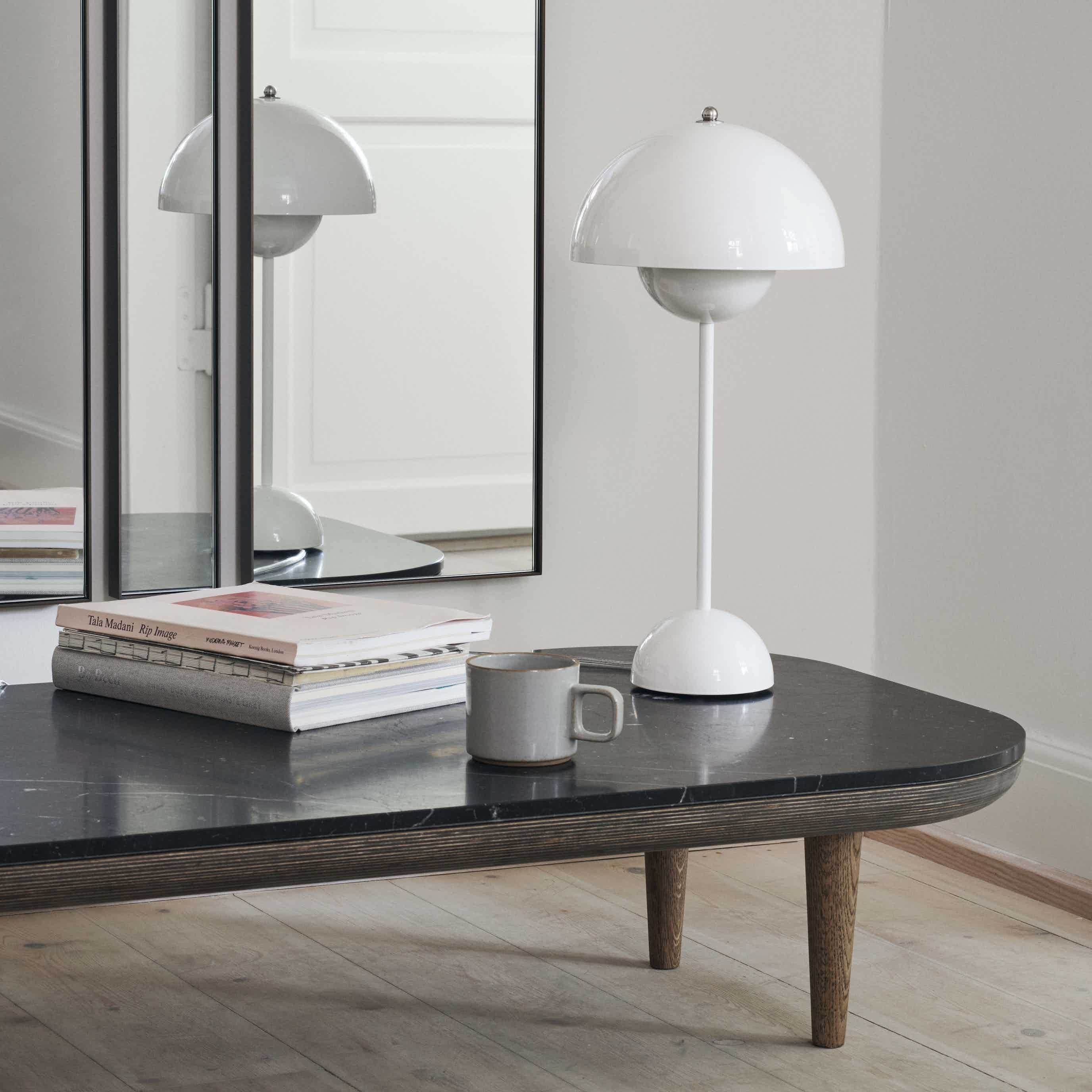 Flowerpot Table Lamp Vp3 By Tradition Table Lamp White Table Lamp Lamp