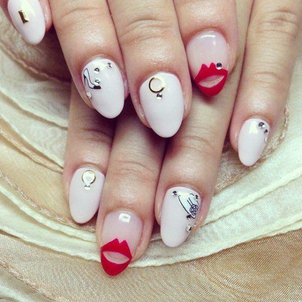 秋冬はこれが人気なんです♡リップモチーフのネイルデザインがかわいい! | ギャザリー