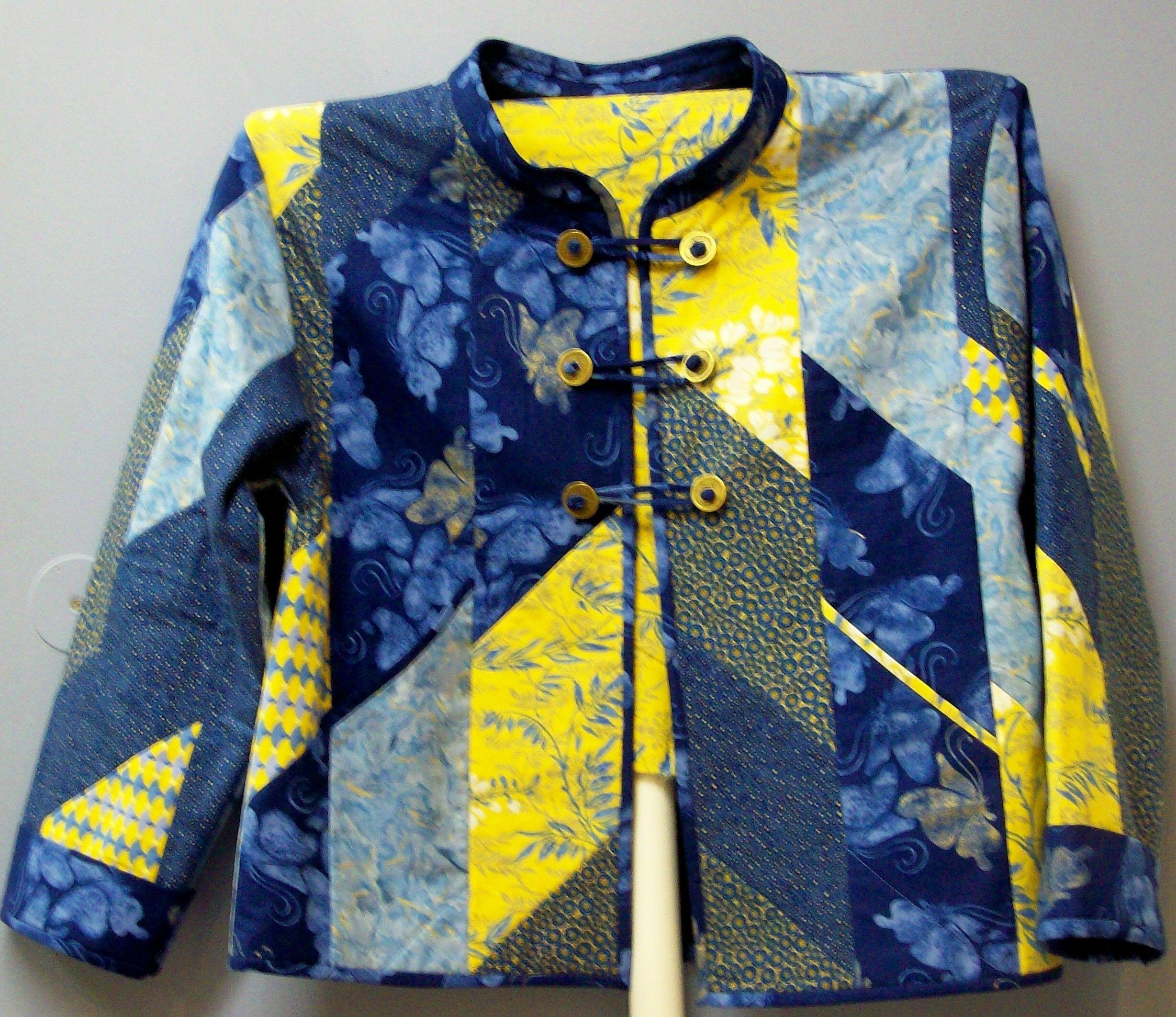 25+ unique Quilted sweatshirt jacket ideas on Pinterest Sweatshirt jackets diy, Sweatshirt ...