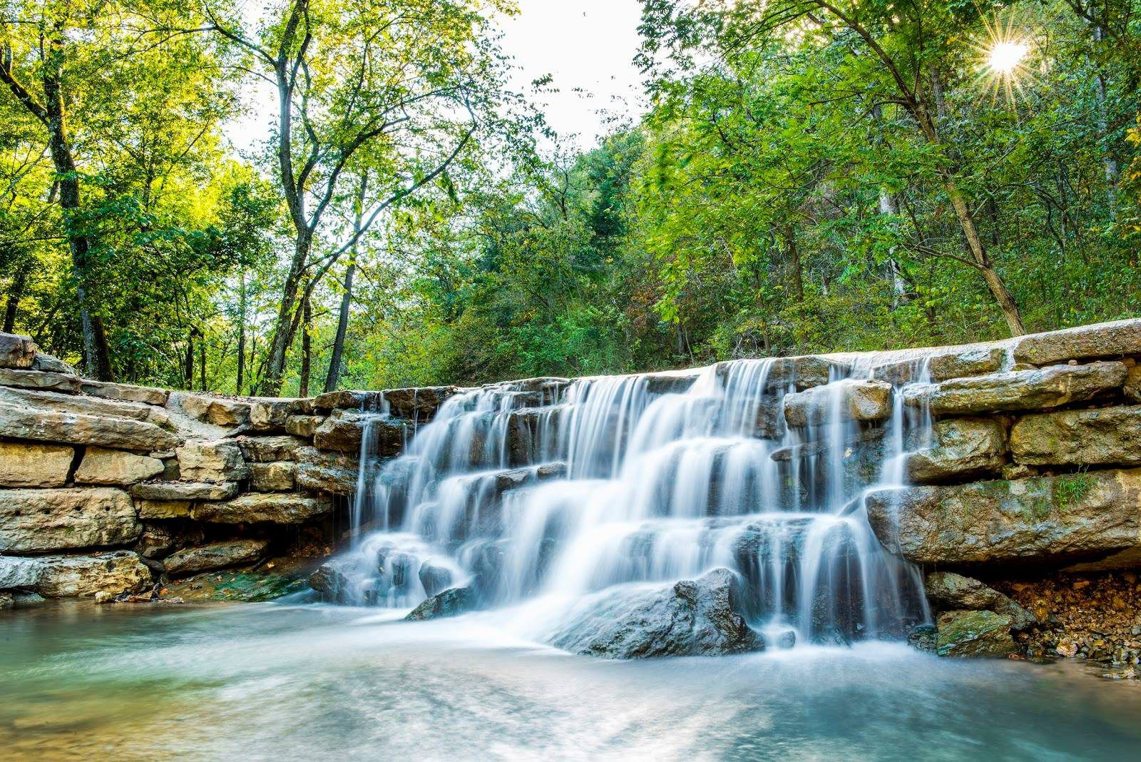 Best Hiking Trails In Southwest Missouri And Northwest Arkansas Missouri Hiking Hiking Trails In Missouri Southwest Missouri