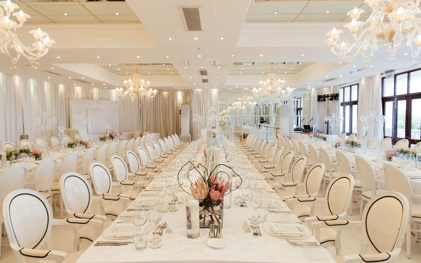 5 Star Design in Timeless Luxury The Real Life Wedding of Cerkia ...