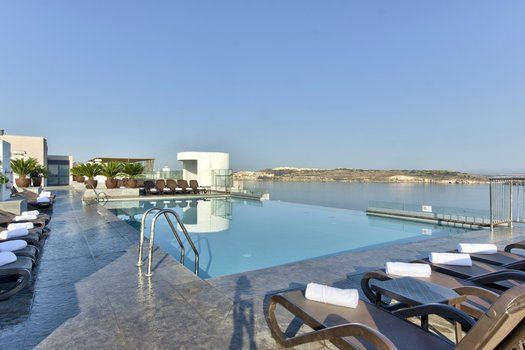 Zwembad Op Dakterras : Zwembad op dakterras db san antonio hotel spa vakantie