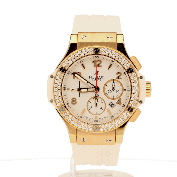 The Watches Women Want This Christmas http://bit.ly/1LO0i11