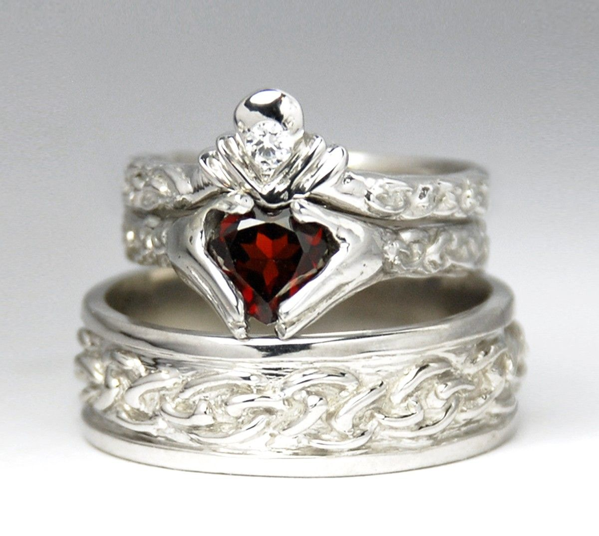 claddagh wedding set - sterling silver - new - diamond - garnet