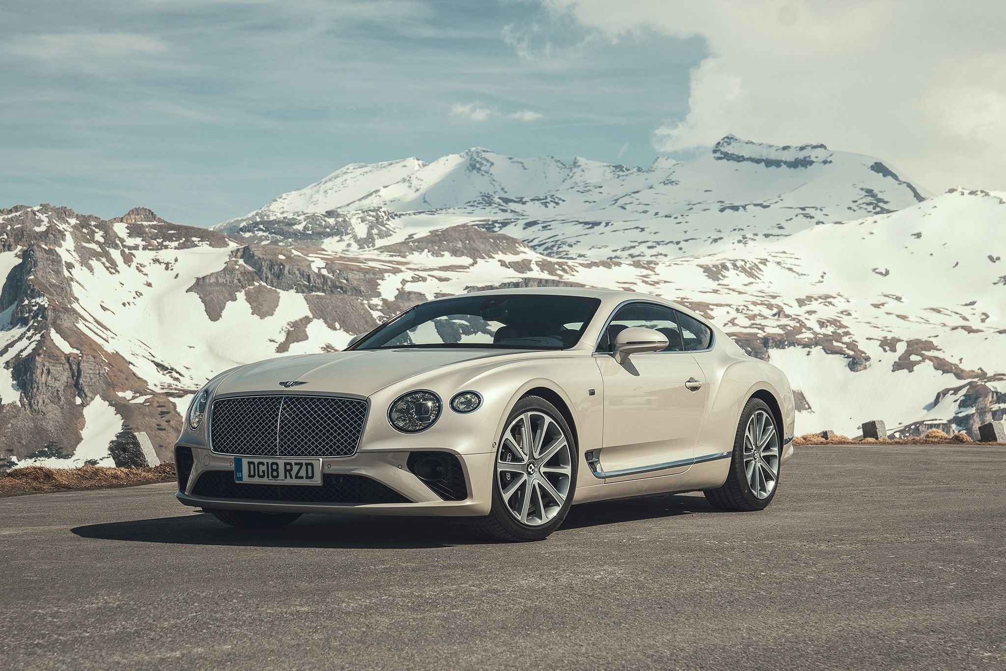 2019 Bentley Continental Gt With Images Bentley Continental Gt Bentley Continental Gt Convertible Bentley Continental