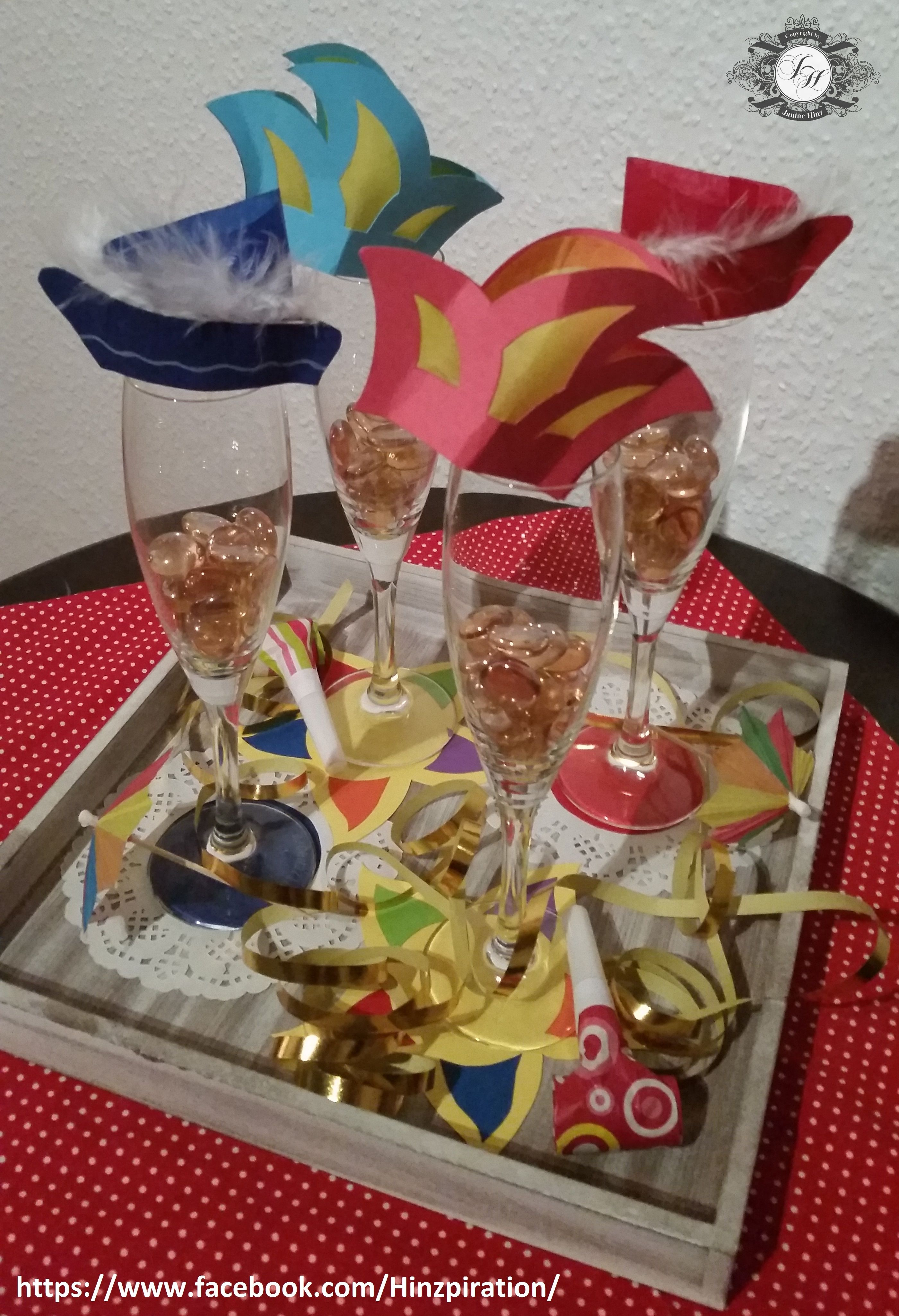 Karneval - Deko Anleitung/Vorlagen für die Hütchen und den gelben ...