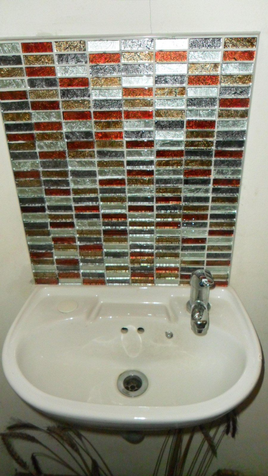 Glass splashbacks for bathroom sinks - I Used Mt0006 Hong Kong Autumn Mix Glass Mosaic Tiles For My Splashback