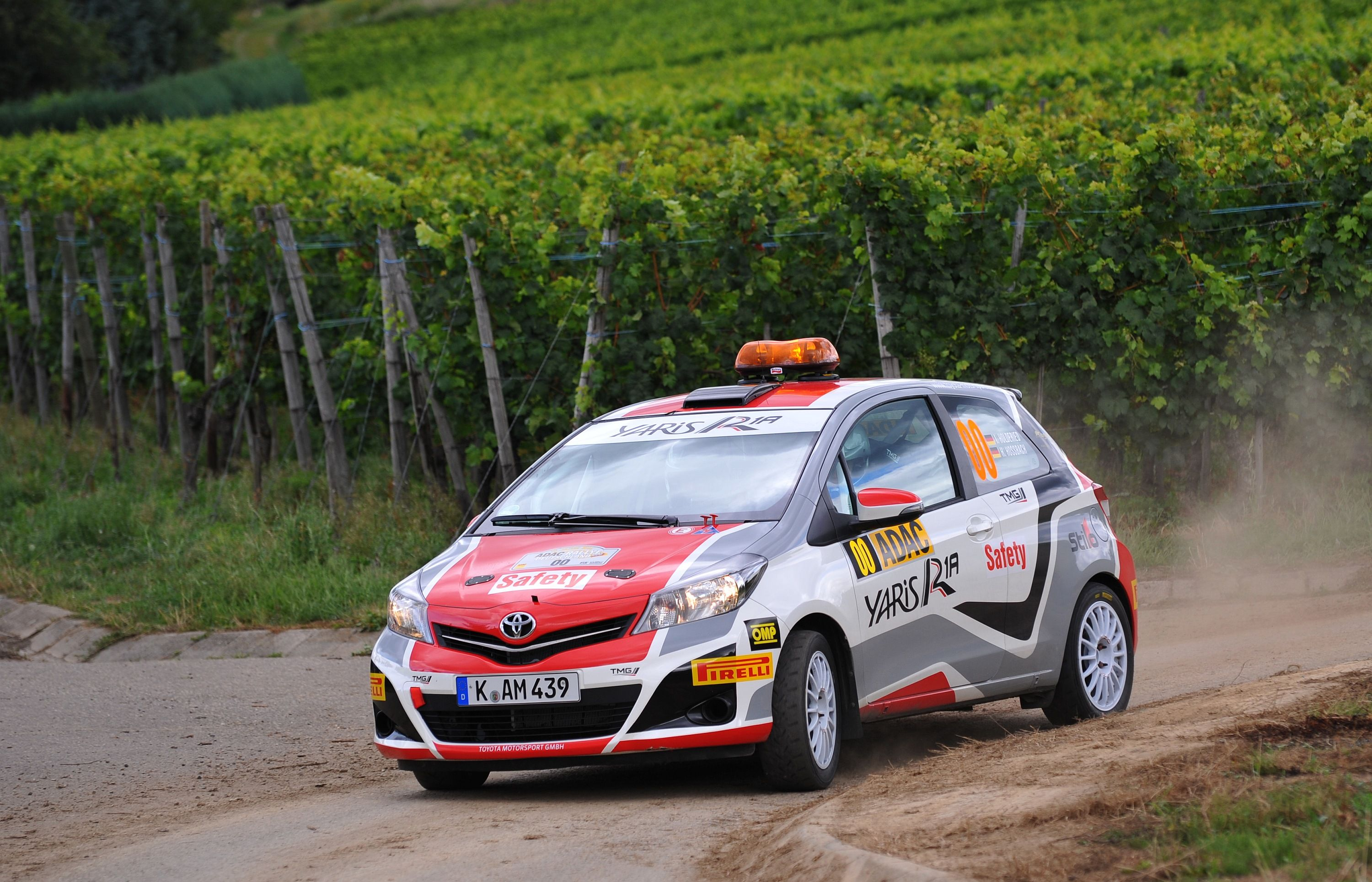 Toyota Vitz R1 | Rally Cars | Pinterest | Toyota, Rally car and Rally
