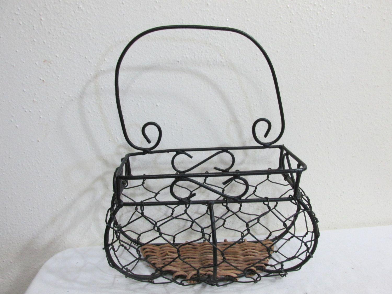 Basket Wicker and Wire Organizer Caddie Wall Pocket Plant Hanger ...