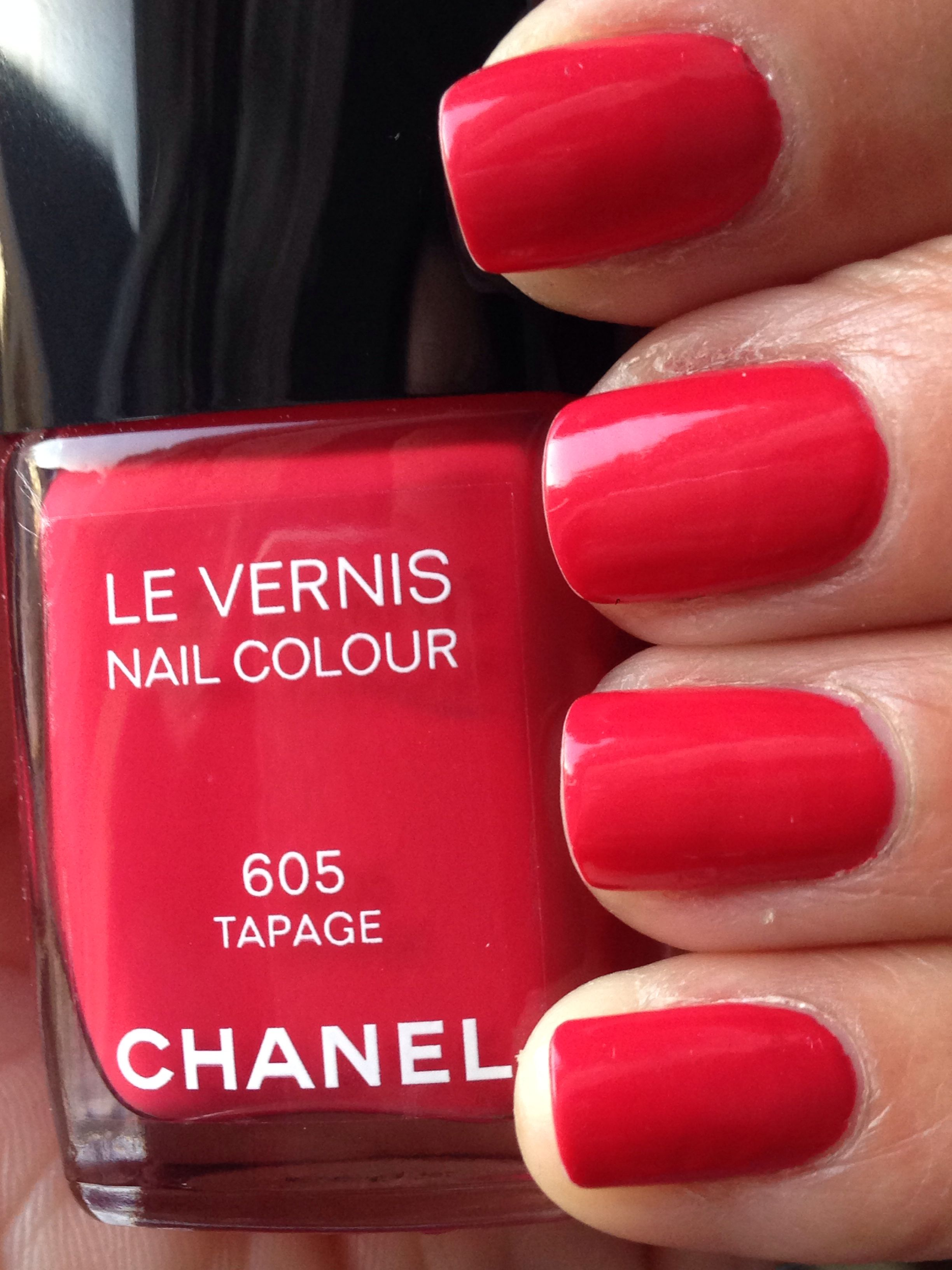 Chanel Tapage  A Beautiful Coral Red Shade - Nail