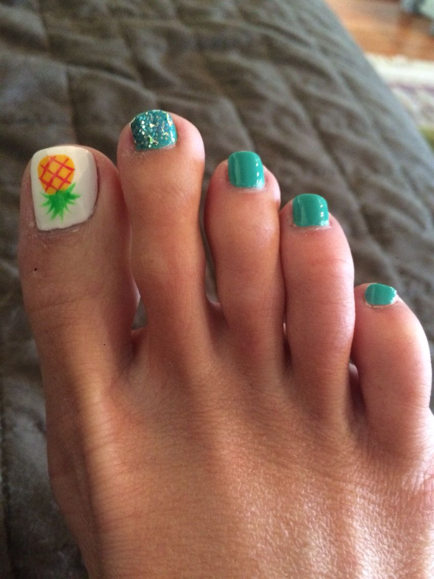 Pineapple pedicure with teal. | Toes and fingers | Pinterest