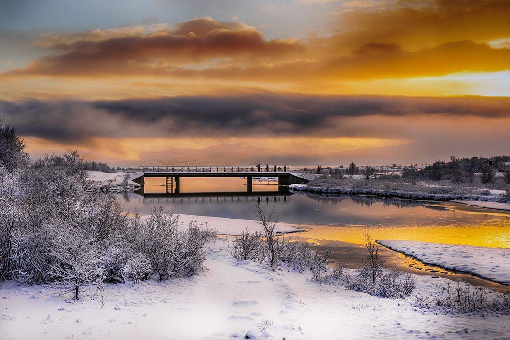 Sunset over Iceland Bridge