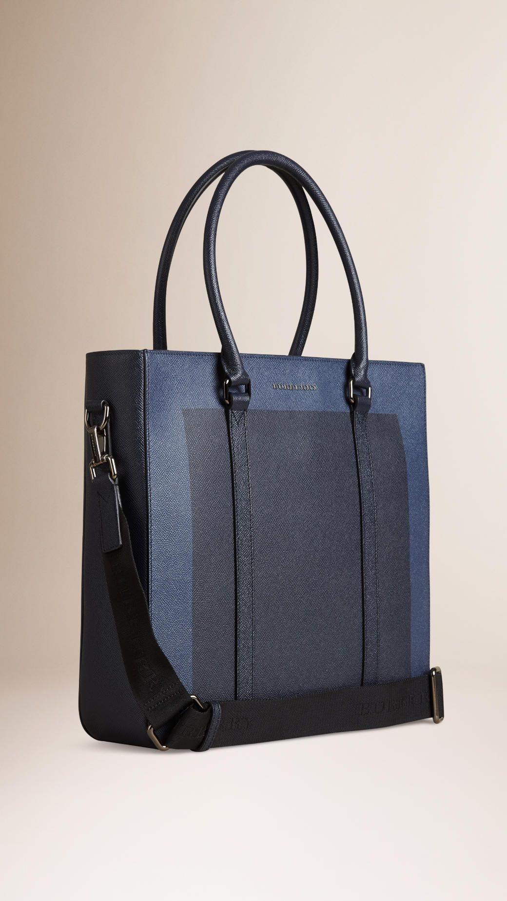61624a06657 London Leather Tote Bag Navy   Burberry - would be perfect for holding all  my tea