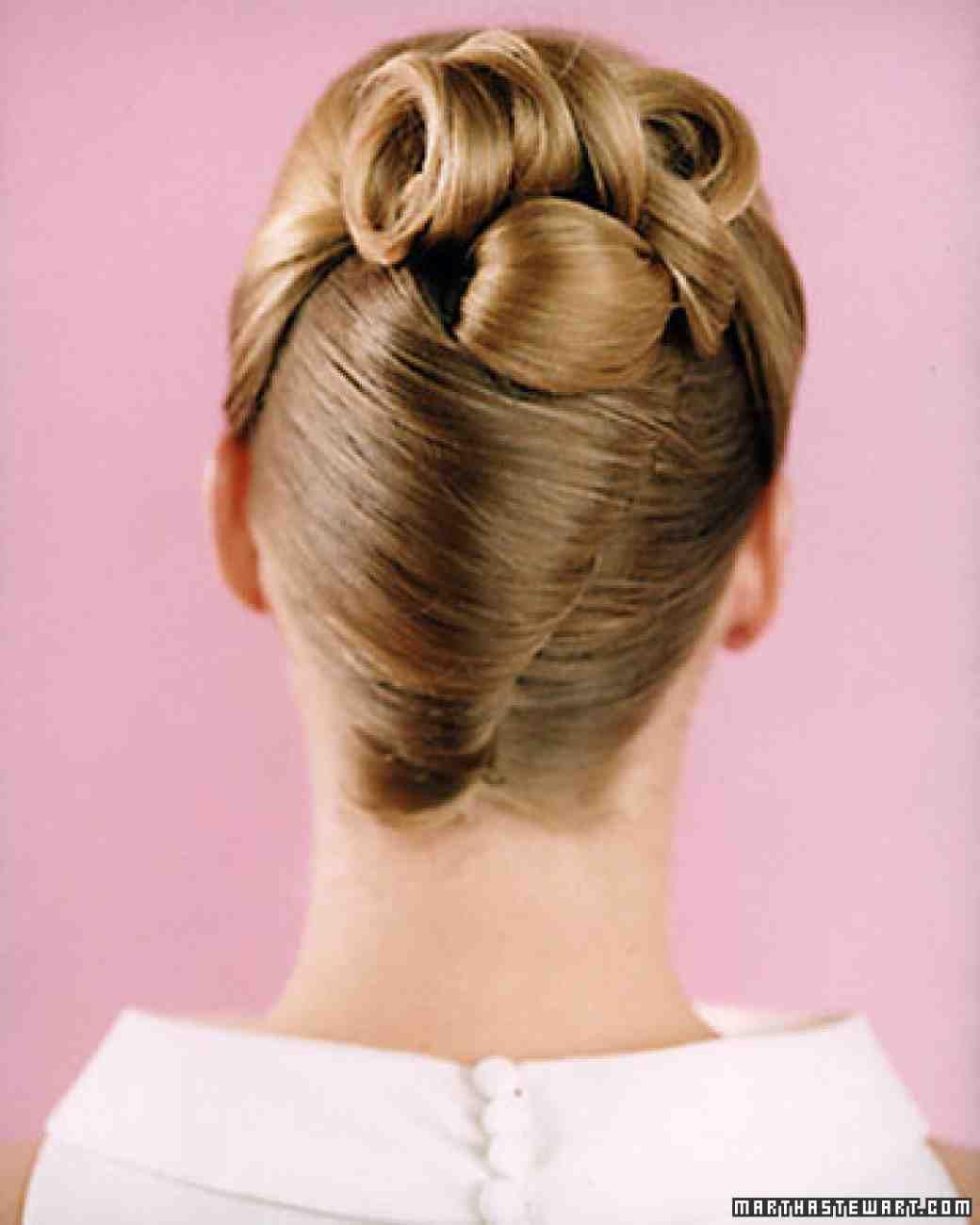 Wedding Hairstyles | Martha Stewart Weddings | Weeding Hairstyls ...