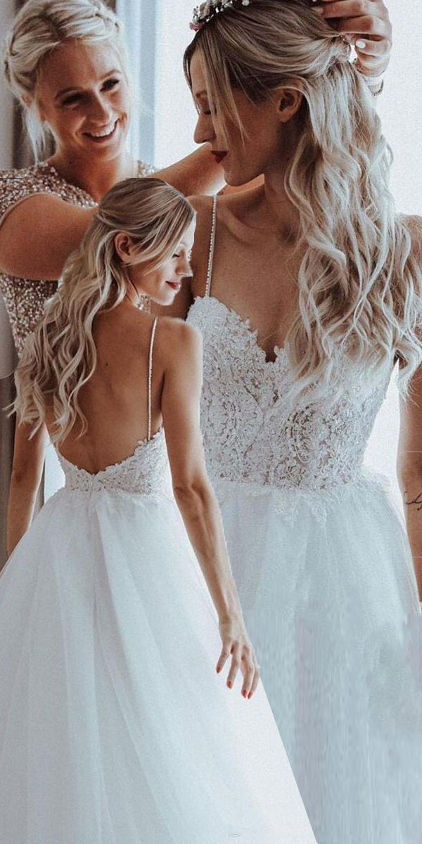 [216.80] Stunning Tulle Spaghetti Straps Neckline A-line Wedding Dresses With Beaded Lace Appliques & Beadings