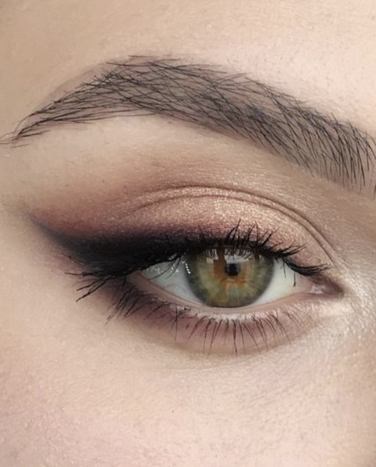 Eyeshadow Cat Eye Smokey Eye With Brown Accents Green And Hazel Eye Makeup Ideas Microbladed Perfect Eye Hazel Eye Makeup Cat Eye Makeup Natural Eye Makeup